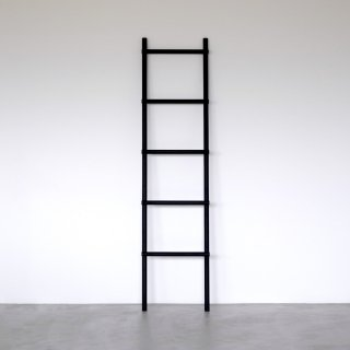 LADDER RACK (black)<img class='new_mark_img2' src='https://img.shop-pro.jp/img/new/icons5.gif' style='border:none;display:inline;margin:0px;padding:0px;width:auto;' />