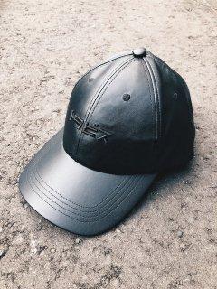 【TRAVS(トラビス)】 FAKE LEATHER TRAVS CAP (フェイクレザーキャップ) Black