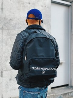 <img class='new_mark_img1' src='https://img.shop-pro.jp/img/new/icons7.gif' style='border:none;display:inline;margin:0px;padding:0px;width:auto;' />【Calvin Klein Jeans(カルバン クライン ジーンズ)】CAMPUS BAG PACK (バックパック) Black