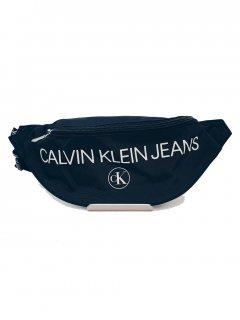 <img class='new_mark_img1' src='https://img.shop-pro.jp/img/new/icons7.gif' style='border:none;display:inline;margin:0px;padding:0px;width:auto;' />【Calvin Klein Jeans(カルバン クライン ジーンズ)】LOGO BODY BAG (ウェストポーチ) Black
