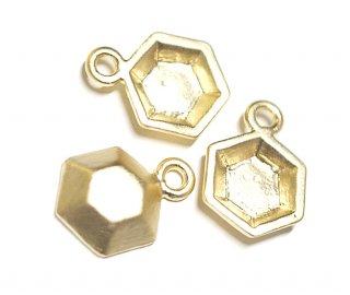 【2個】立体的な3D Petit Hexigonプチ六角形マットゴールドチャーム