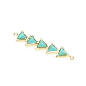 【1個】1点もの〜天然石ターコイズ(Turquoise)風3Dトライアングルゴールドコネクター