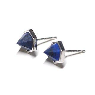【2個(1ペア)】立体的な三角形〜天然石ラピスラズリ(lapis lazuli)シルバー シルバー925芯ピアス