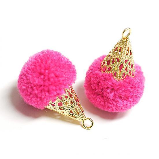 【4個入り】約17mm毛糸(ウール100%)ピンクカラーボンボンアンチックキャップチャーム、パーツ