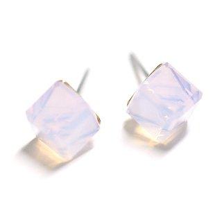【1ペア】Aurora Pinkオーロラピンクカラーキュービックストーンチタンピアス