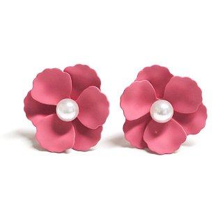 【1ペア】ローズピンクカラー花&一粒パールチタン芯ピアス