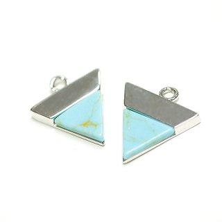 【1個】1点もの〜天然石ターコイズ(Turquoise)風三角形シルバーチャーム、パーツ