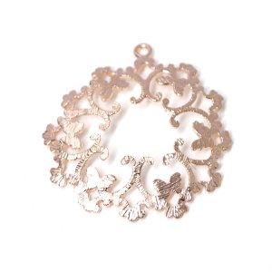 【1個】French Silk Laceフレンチスタイルの繊細な透かし!マッドピンクゴールドチャーム