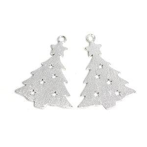 【1個】クリスマスツリーモチーフの質感あるシルバーチャーム、パーツ