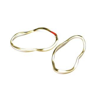 【2個入り】手作り感ある Curve Oval Largeマッドゴールドチャーム、パーツ