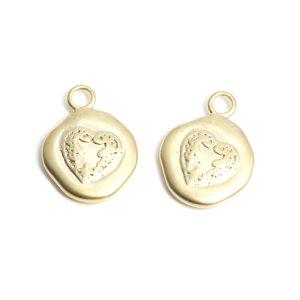 【2個入り】Heart〜手作り感ある円形マッドゴールドペンダント、チャーム