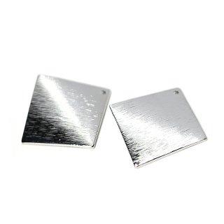 【4個入り】質感あるカーブ正方形 光沢シルバーチャーム、ペンダント