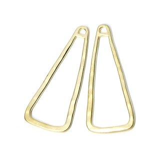 SALE【4個入り】大ぶり!約42mmの手作り感ある三角形マッドゴールドチャーム