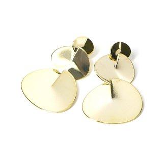 【1ペア】チタン芯!光沢ゴールドの揺れる大ぶりな大きさ違いサークル形チタン芯ピアス