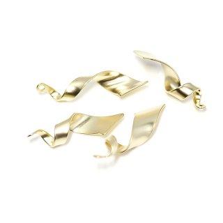 【4個入り】約25mm Petit Twistマッドゴールドチャーム、ペンダント