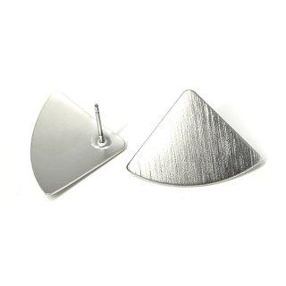 【1ペア】マッドシルバー!質感あるカーブ三角形チタン芯ピアス、パーツ