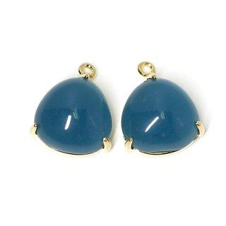 【2個入り】ボリューム!約11mm Indigo Blueカラーガラスの三角形ゴールドチャーム、パーツ