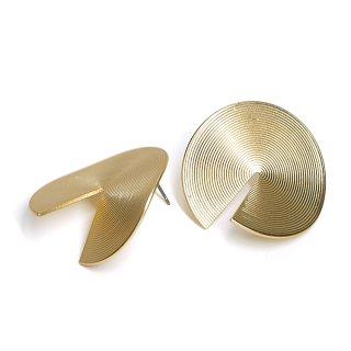 【1ペア】左右&チタン芯!立体感ある約30mm 連輪サークル形マッドゴールドピアス、パーツ