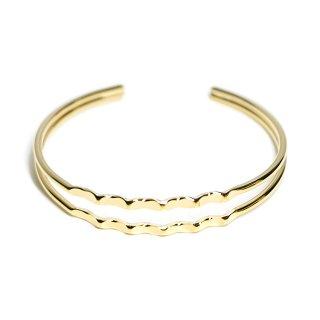 【1個】フリーサイズ!曲線入りダブルラインの光沢ゴールドバングル、ブレスレット