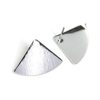 【1ペア】光沢シルバー!質感あるカーブ三角形チタン芯ピアス、パーツ