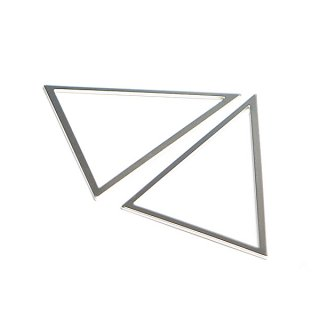 【1個】しっかりしたTriangle三角形マッドシルバー40×50mmチャーム