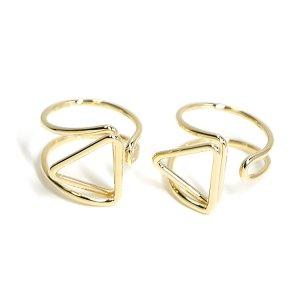 【2個入り】存在感ある三角形モチーフのゴールドフリーリング、指輪