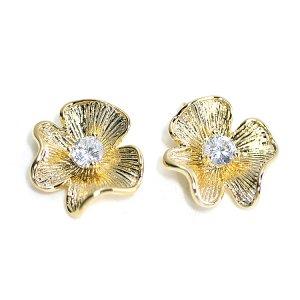 【2個入り】キュートで繊細なCZ付き梅の花モチーフのゴールドチャーム、パーツ
