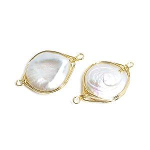 【1個】1点もの!大粒円形の淡水パールFreshwater pearl ゴールドコネクター、チャーム