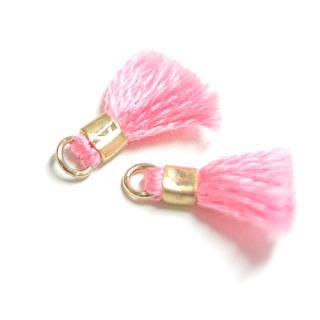 【5個入り】刺繍糸tasselサクラ桜ピンクカラーMediumタッセル、チャーム|ハンドメイド材料|アクセサリーパーツ