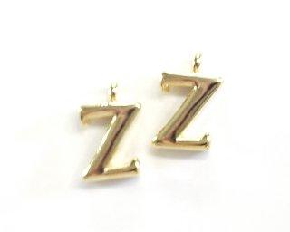 【2個入り】イニシャルパーツ大文字【Z】明朝体ゴールドカラーチャーム