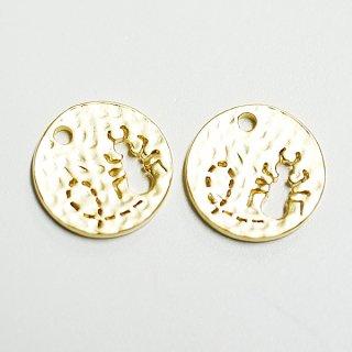【2個入り】凹凸あるコインモチーフに刻まれたキュートなANT(蟻)!マッドゴールドチャーム