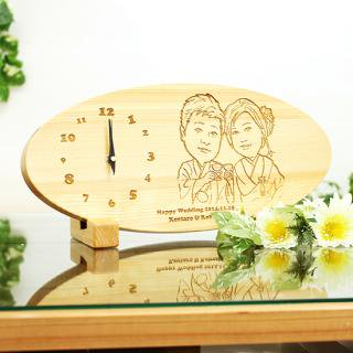 両親への贈り物やウェルカムボードの代わりに 似顔絵ヒノキ時計「Smile(スマイル)」