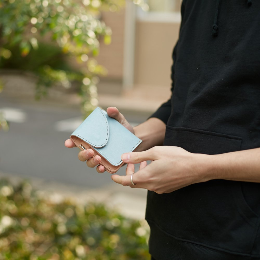 【REBIRTH PROJECT】INOCHIKA bi-fold wallet BLU