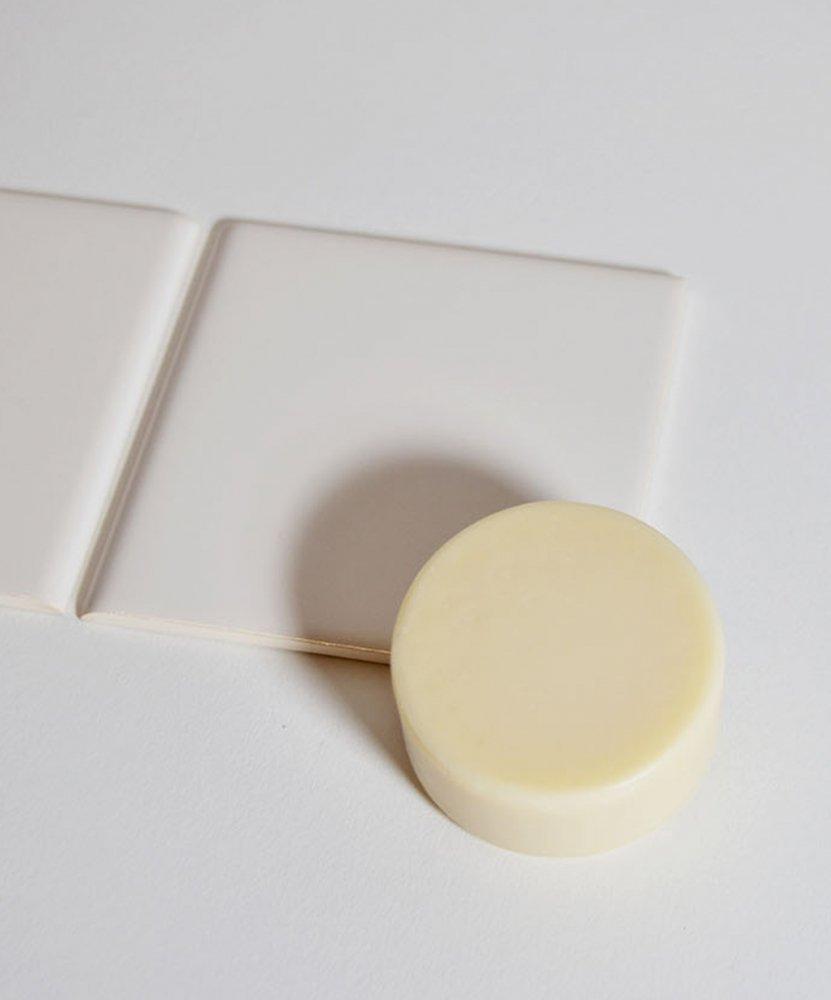 【SILMORE】 シルク洗顔ソープ 70g