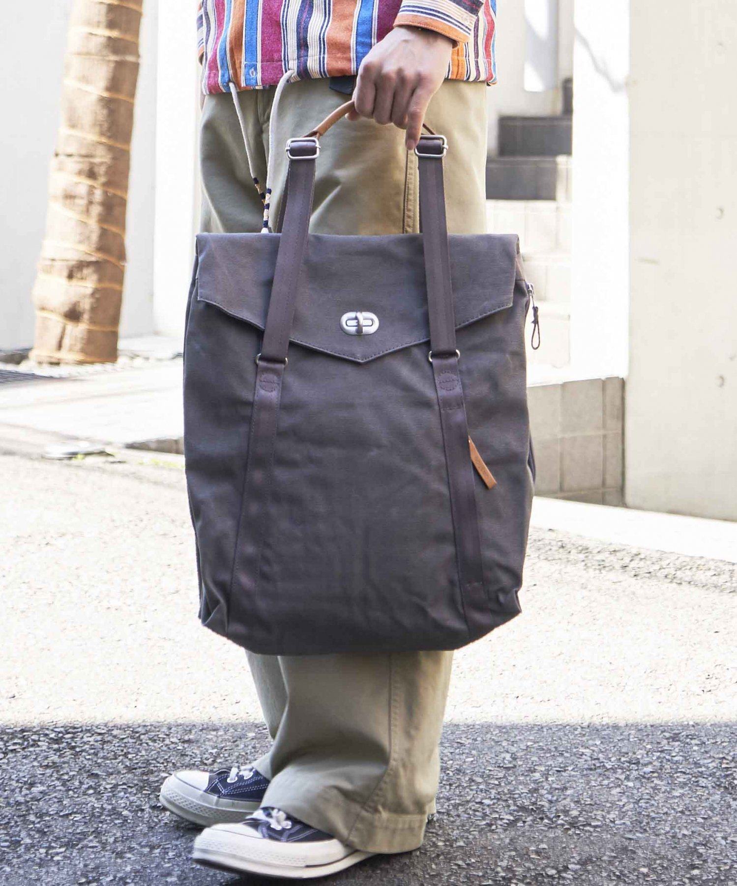 【QWSTION】Simple Office Organic Jet Black