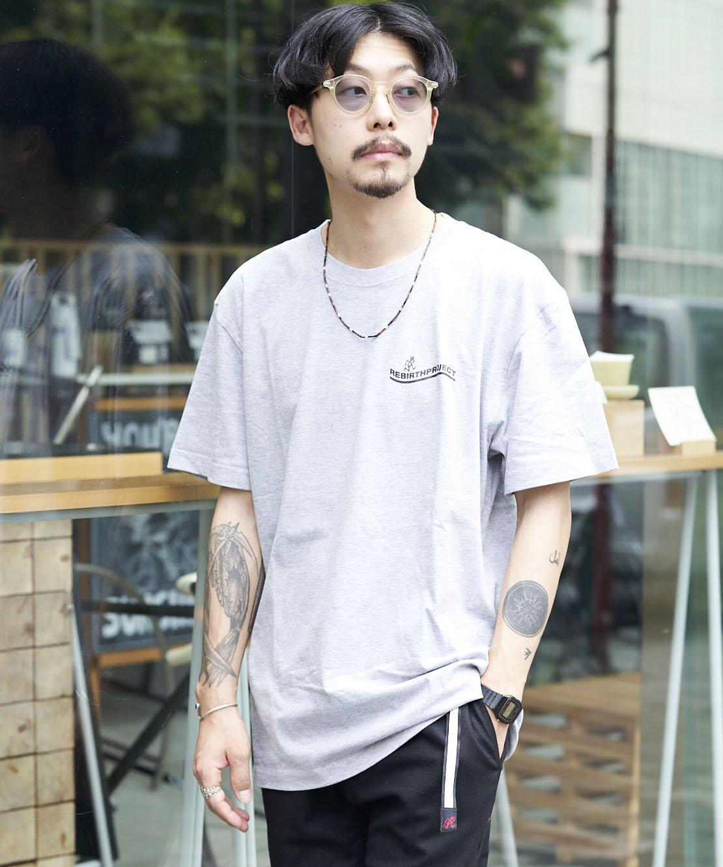【REBIRTH PROJECT】Gramicci別注 W4B プリントTシャツ GRY