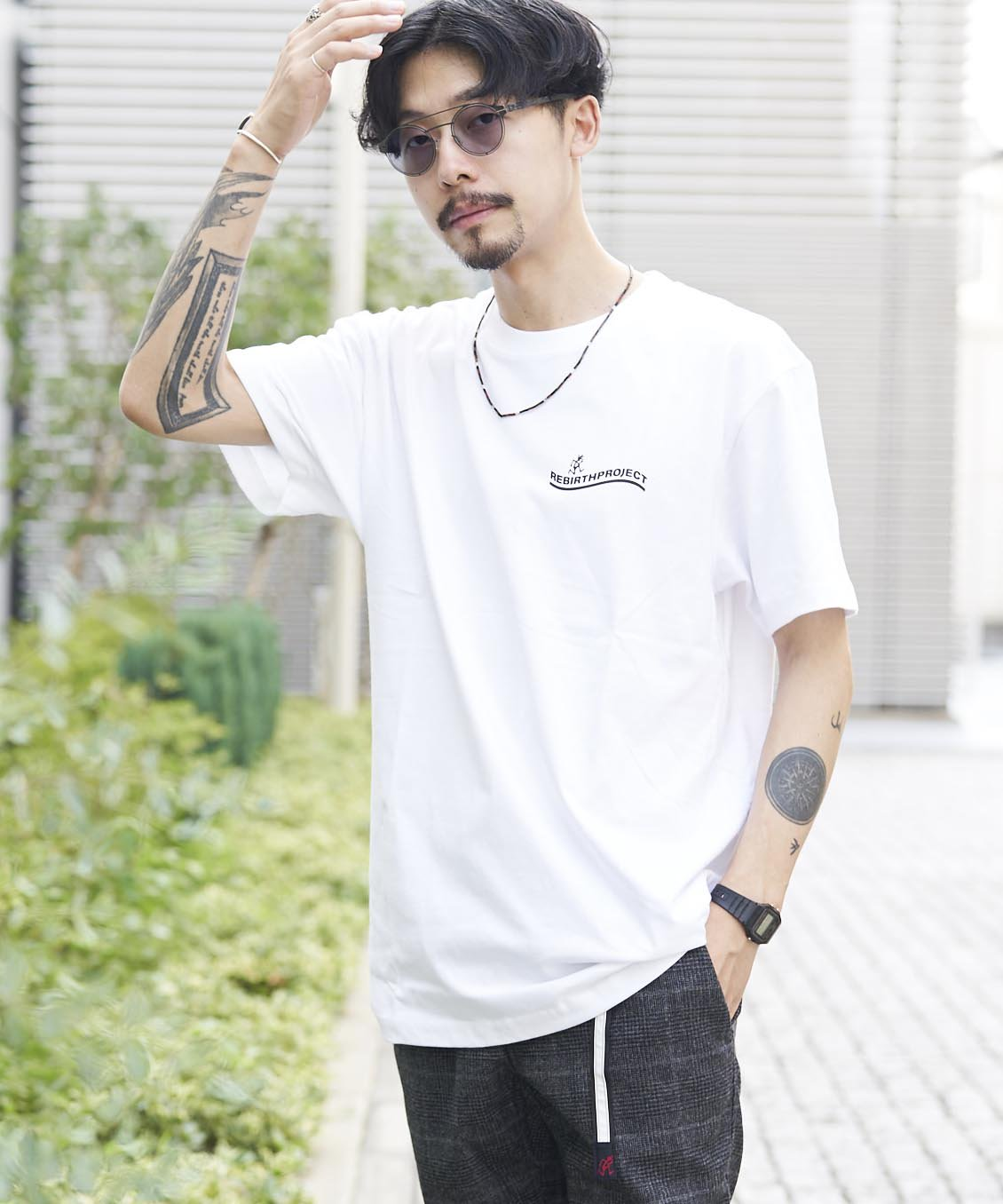 <img class='new_mark_img1' src='https://img.shop-pro.jp/img/new/icons15.gif' style='border:none;display:inline;margin:0px;padding:0px;width:auto;' />【REBIRTH PROJECT】Gramicci別注 W4B プリントTシャツ WHT(9月下旬お届け)