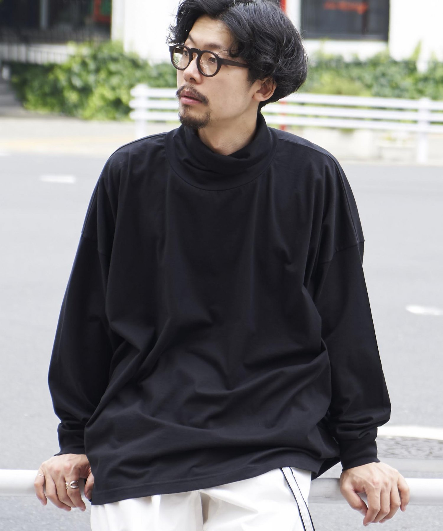 <img class='new_mark_img1' src='https://img.shop-pro.jp/img/new/icons15.gif' style='border:none;display:inline;margin:0px;padding:0px;width:auto;' />【REBIRTH PROJECT】SOUL COTTON ドロップショルダータートルネック BLK(9月上旬お届け)