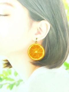 リアルなフルーツイヤリング オレンジ両面大