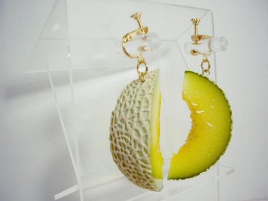 リアルなフルーツイヤリング メロン大