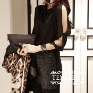 スリット入り袖がセクシー 大人女性の変形カットソー 黒/白