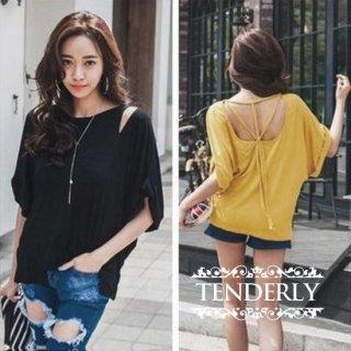 オープンバックのリラックス&セクシーな ゆるTシャツ 黒/黄色
