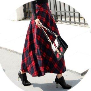 たっぷりフレアがレトロかわいいチェック柄 ロングスカート
