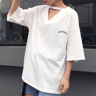 ゆるプチセクシー ロゴ入りVネック半袖Tシャツ