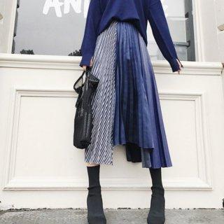 ストライプ柄&アシンメトリ—でドラマティックに魅せるハイウエストプリーツスカート
