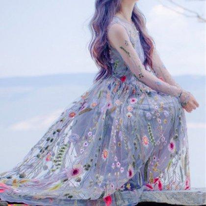 【即納】花柄刺繍のシースルー 長袖ロング ワンピース グレー
