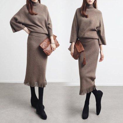 大人カラーのワントーンで高見え抜群なゆったりニットのスカートセットアップ 4色