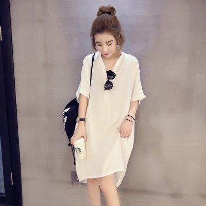 シンプルなワントーンできれいめカジュアルなスキッパーシャツの半袖ワンピース 2色