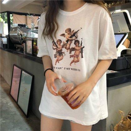 エンジェルプリントがキュートな個性派半袖トップス Tシャツ 2色