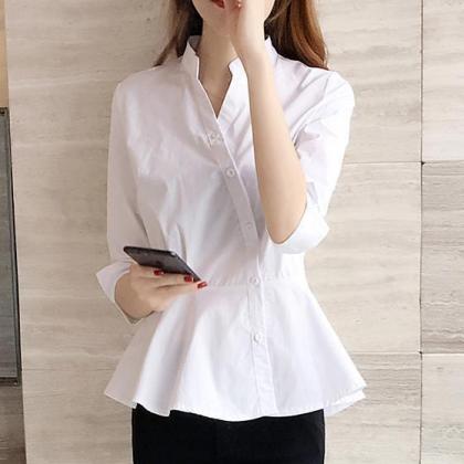 ペプラムフリルで上品かわいいスタンドカラーのきれいめシャツ  トップス 2色